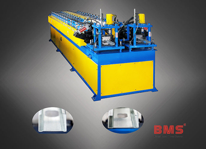 0.3-0.7mm Thickness Dual C Purlin Forming Machine With Servo Motor Punching