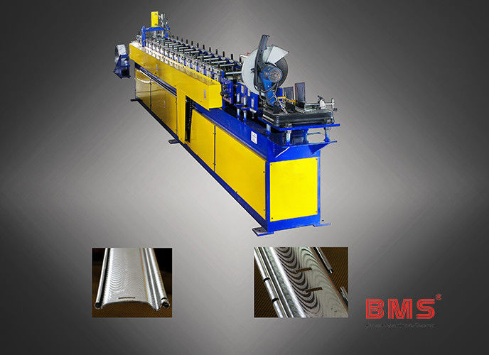Stainless Steel Roller Shutter Door Roll Forming Machine Curved Slat Sawing Type